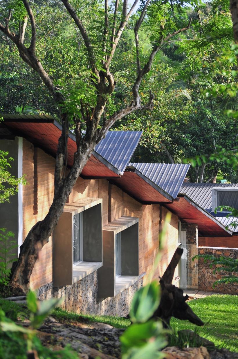 Photo D_Bibliothèque au Sri Lanka ©Kolihta Perera
